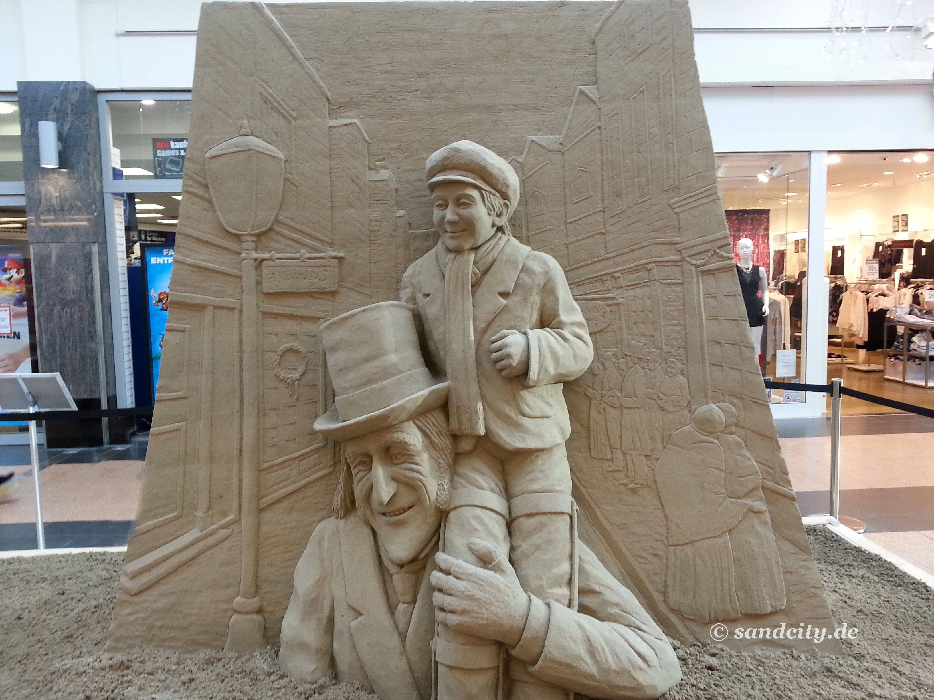 Happy End: Ebenezer Scrooge mit Tiny Tim #Weihnachten ...