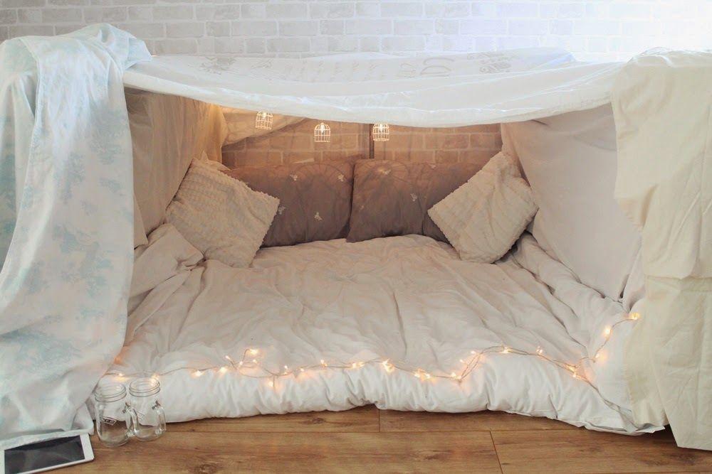 We did: An indoor fort (Little Winter) | Sleepover room, Indoor forts, Blanket  fort