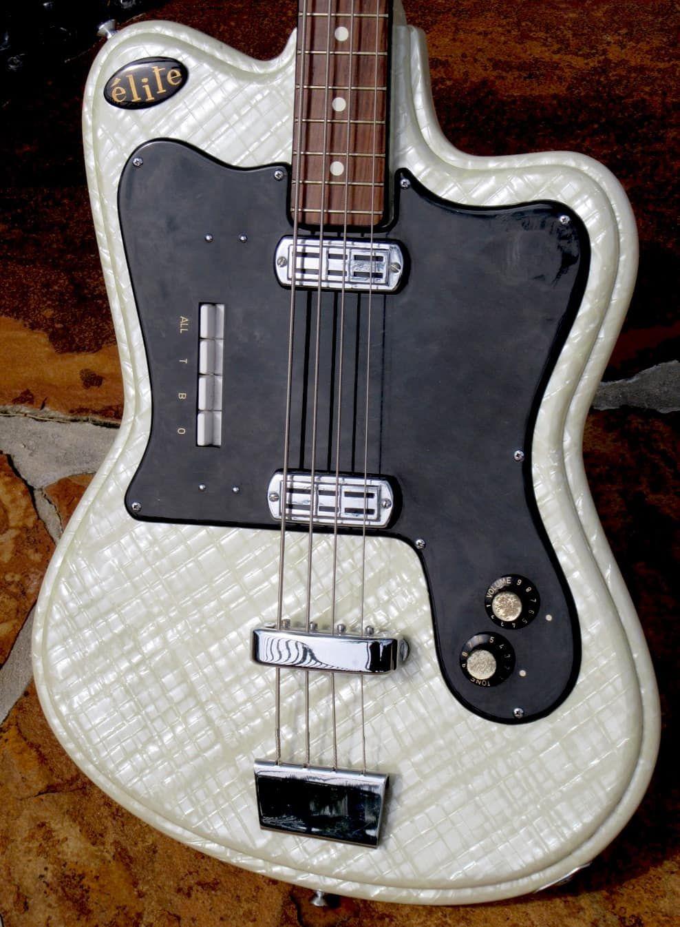 Crucianelli Elite Bass 1964 White Pearloid The Guitar Broker Reverb Vintage Bass Guitars Bass Guitar Notes Guitar