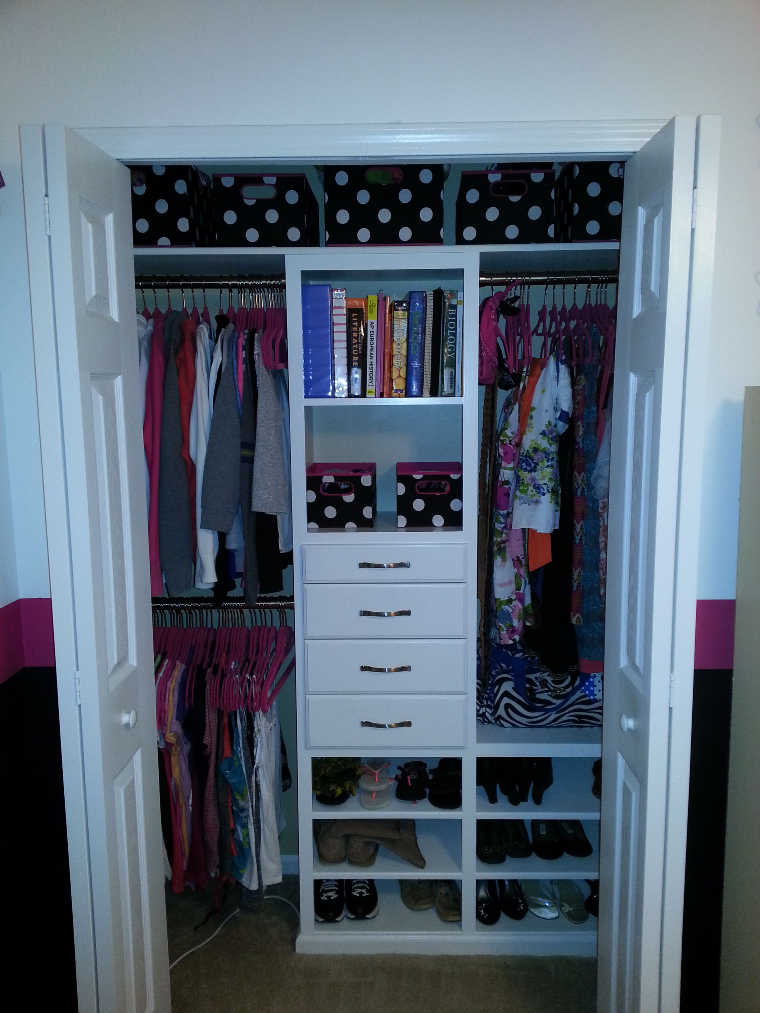 Teen closet get organized in style free step by step diy for Storage ideas for small bedrooms with no closet