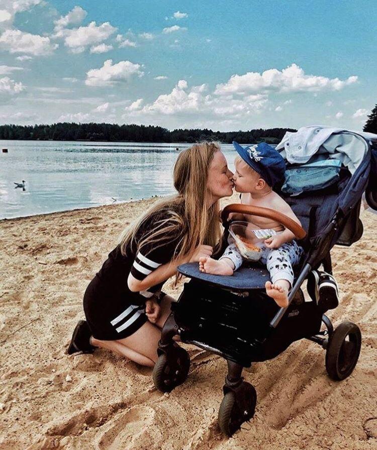 Beaches + Kisses // Snap4 Trend uliasambros via Instagram