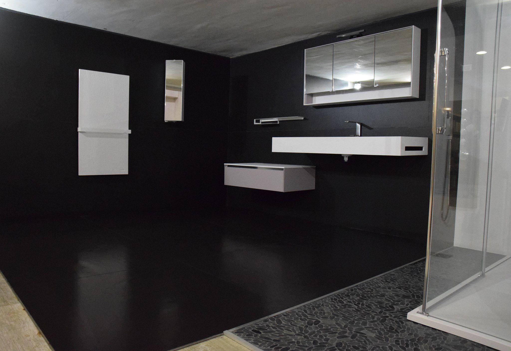 Salle De Bain Grand Carreau Noir Et Blanc Douche L Italienne