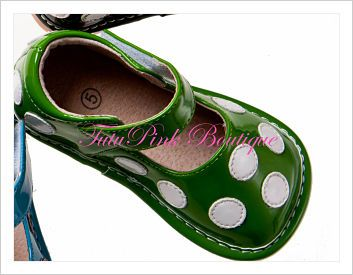 Oh Squeak Green with White Dot Squeaky Shoes