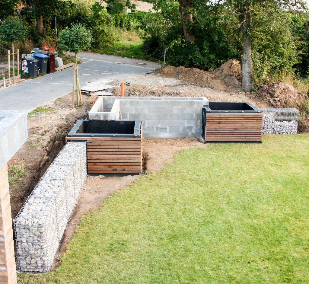 Modernes Hochbeet Zur Hangabstutzung Familiethimm De Hochbeet Bepflanzung Gartengestaltung Ideen