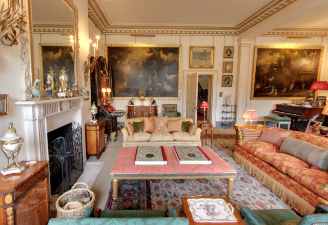 Inside Clarence House, Prince Charles' Home | Clarence house ...