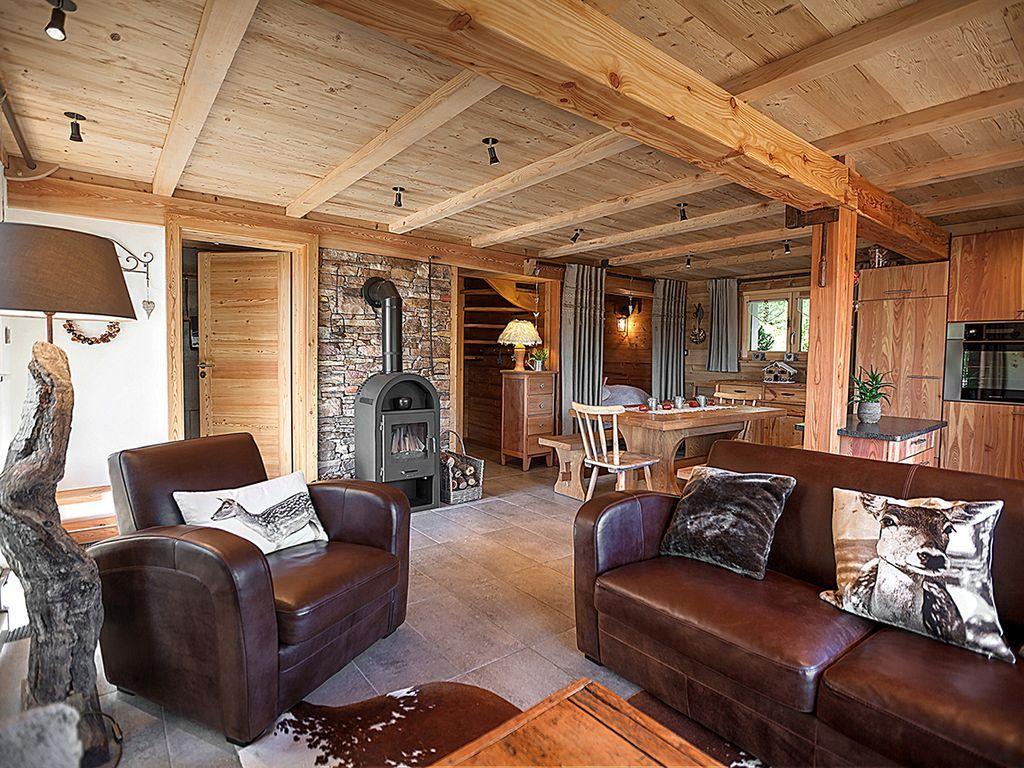 Piscine En Bois Alsace entre #ranch et #chalet, les variations de bois ne laissent