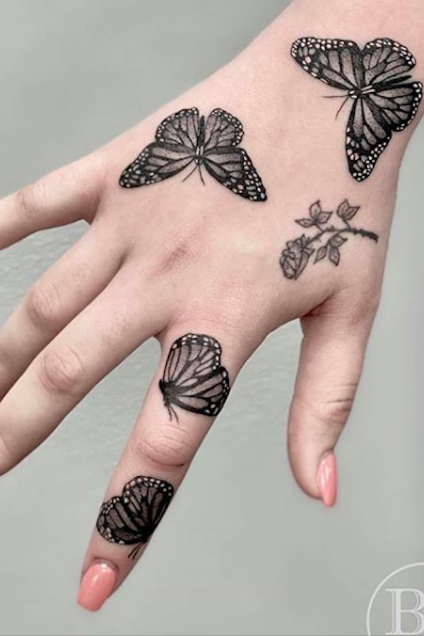 Photo of 20 Simple and Beautiful Butterfly Tattoos Mainly for Your Fingers, Backs and Arms – The First-Hand Fashion News for Females