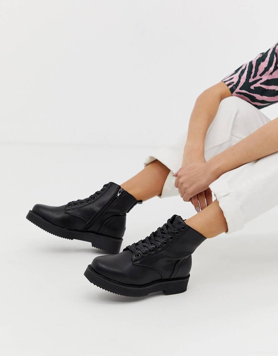 Lace up heel boots, Leather lace up