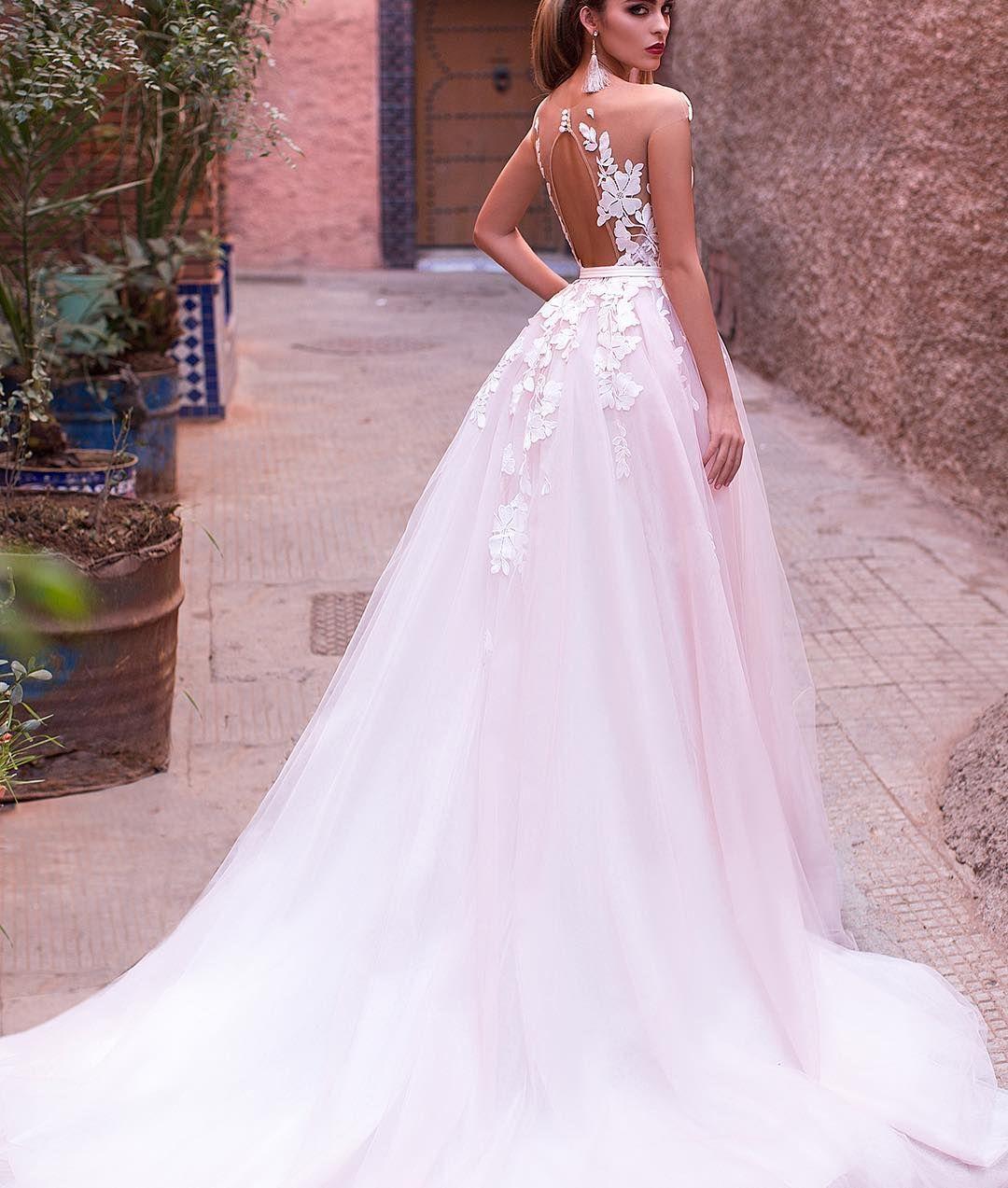 db20bfd8e2bbc91 Розовое волшебное свадебное платье - для невест, которые хотят превратить  свою свадьбу в сказочное торжество