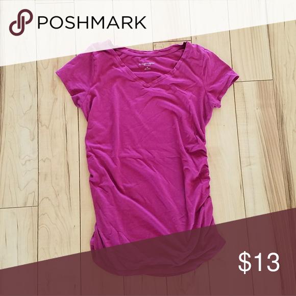 Liz Lange Maternity shirt sz medium Liz Lange Maternity shirt sz medium Liz Lange Tops Tees - Short Sleeve