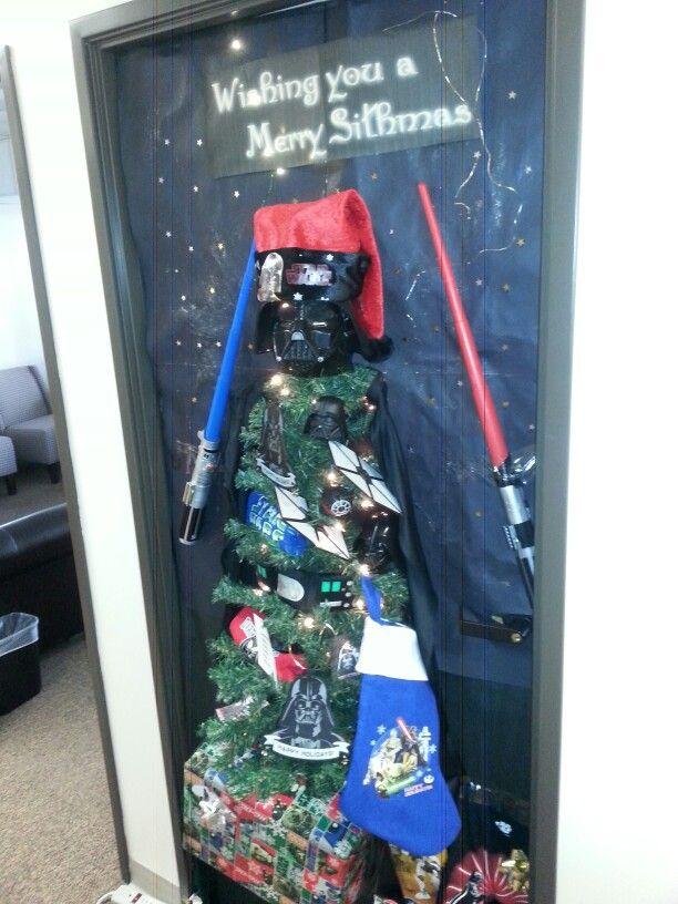 Star Wars Door Decorating Idea For Christmas Star Wars Christmas Christmas Door Decorations Door Decorations Classroom
