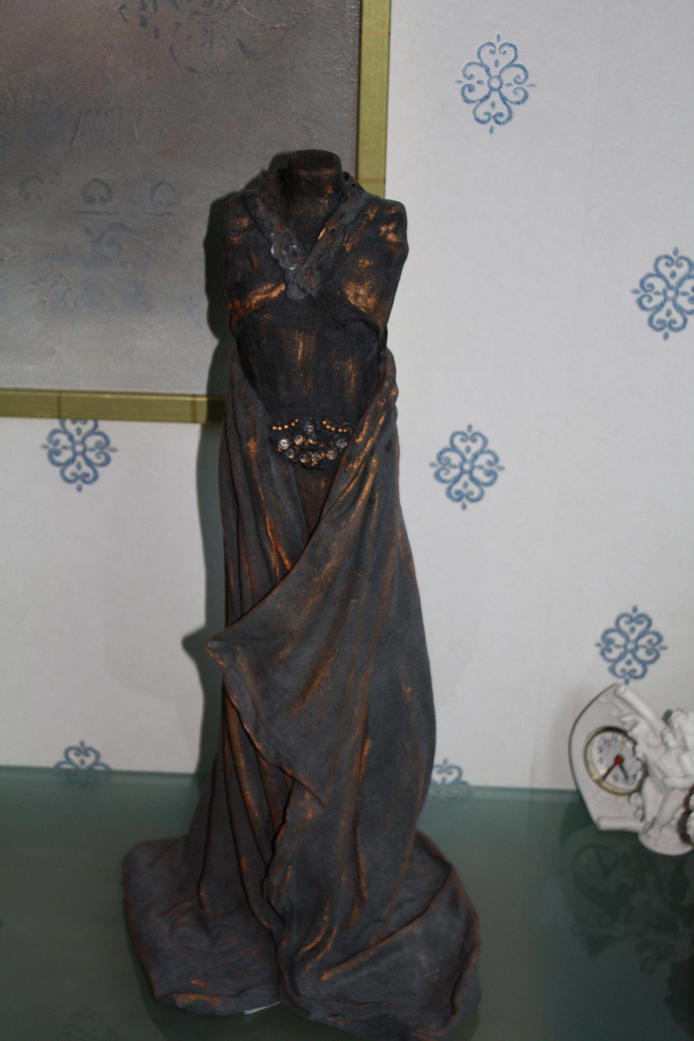Witte jurk zwart verven