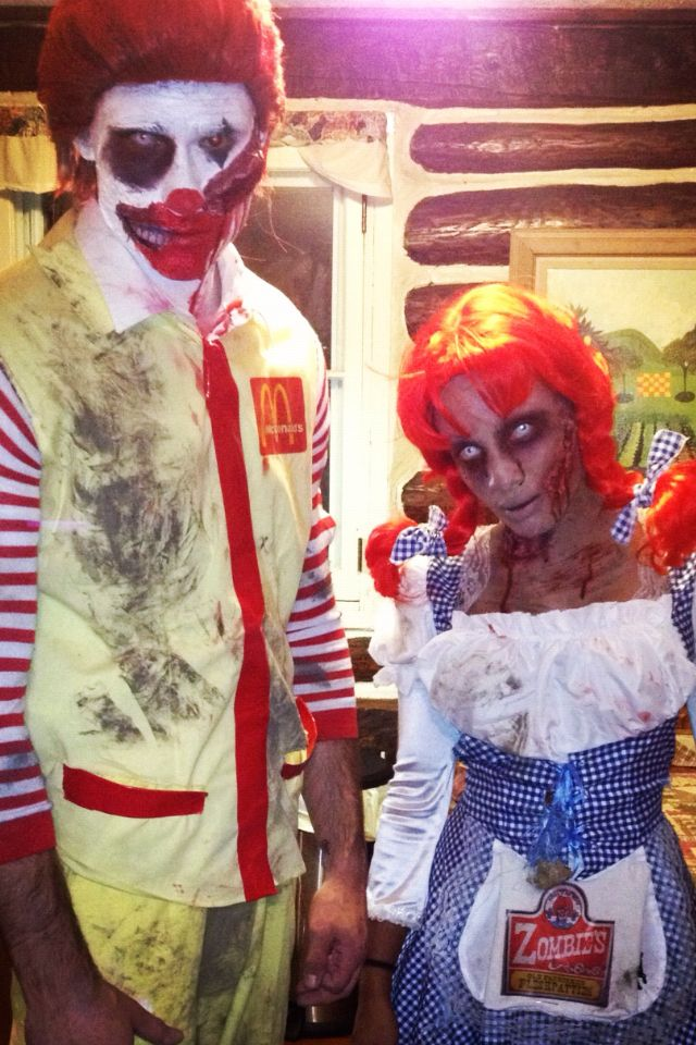Best Zombie Costume Idea They Had To Much Time To Think About This One Lo Scary Couples Halloween Costumes Clever Halloween Costumes Scary Couples Costumes