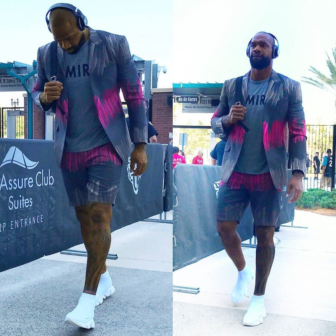 Gameday FRESH.. NFL baller  Mercedes crushin  a modernistic print short suit  paired w   Amiri tee and  Balenciaga speed trainers. Double Tap if you re  ... ad6884f2c