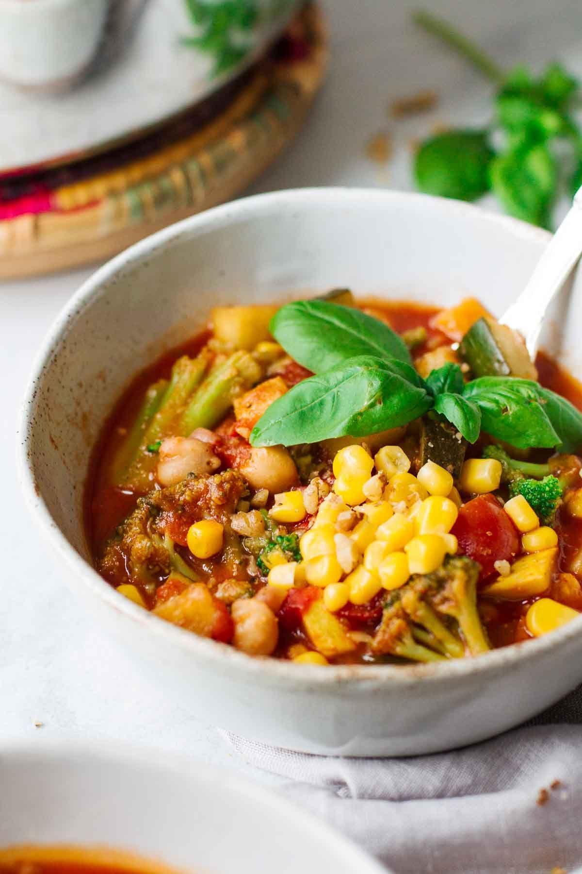Easy Vegetarian Summer Chili
