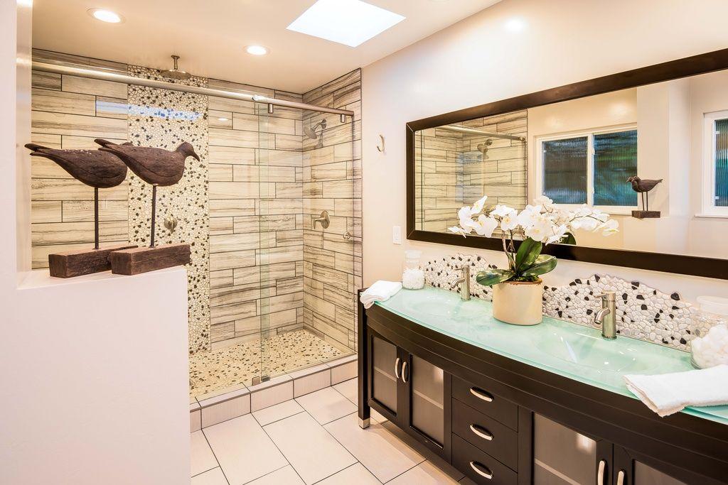 Dorm Room Bathroom Decor | Dorm Bathroom Ideas | Pinterest | Dorm ...
