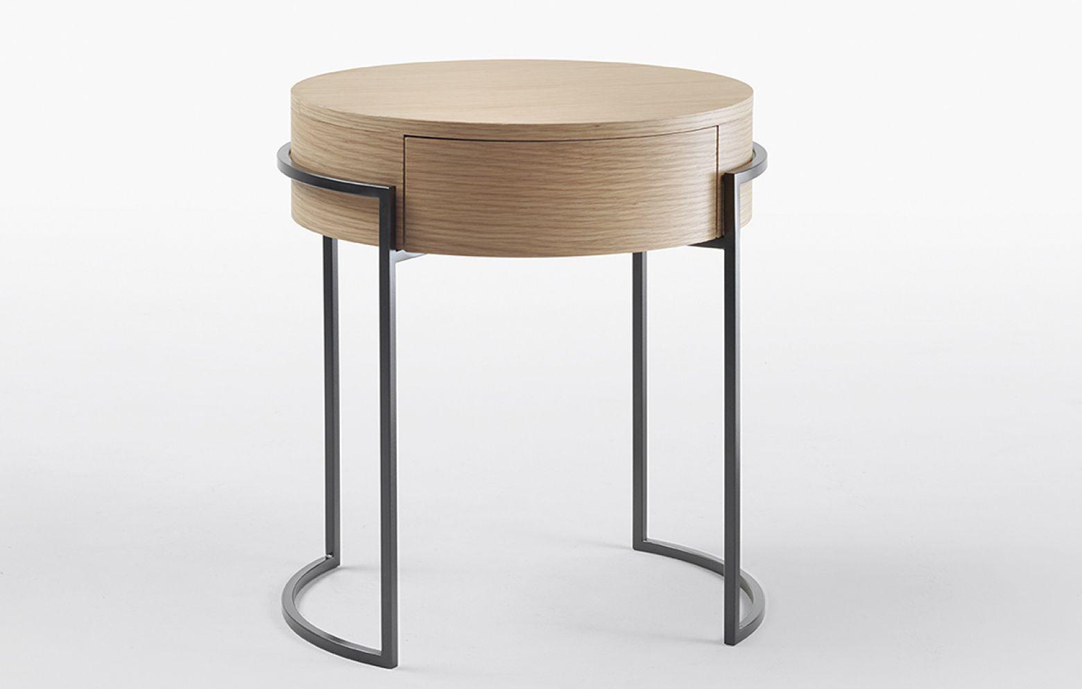 Pin Von S B Auf Furniture Nachttisch Nachttisch Design Nachttisch Rattan