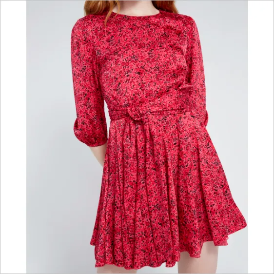 This is a #GreatDeals #Ad brought to you by #LaVaesFaves with love! Best hurry ~ don't miss it!Yes, we fell in love again with Alice + Olivia when we saw this sweet dress. And even more so when we see it's on sale today 60% off. It's normally $440, but we found it today for ONLY $176! Another great deal on designer level apparel! GO NOW!