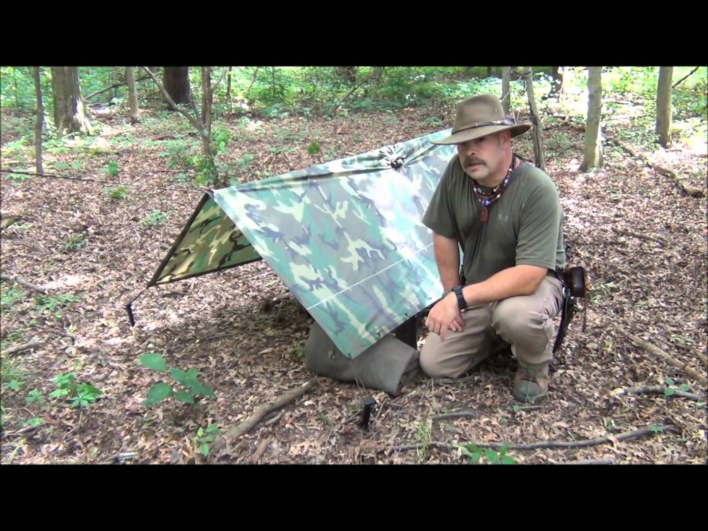 Snowalker13 - Military Poncho Shelters Type I & II - Published on Jul 2, 2012 Type I- Pup tent Type II- Open front lean-to
