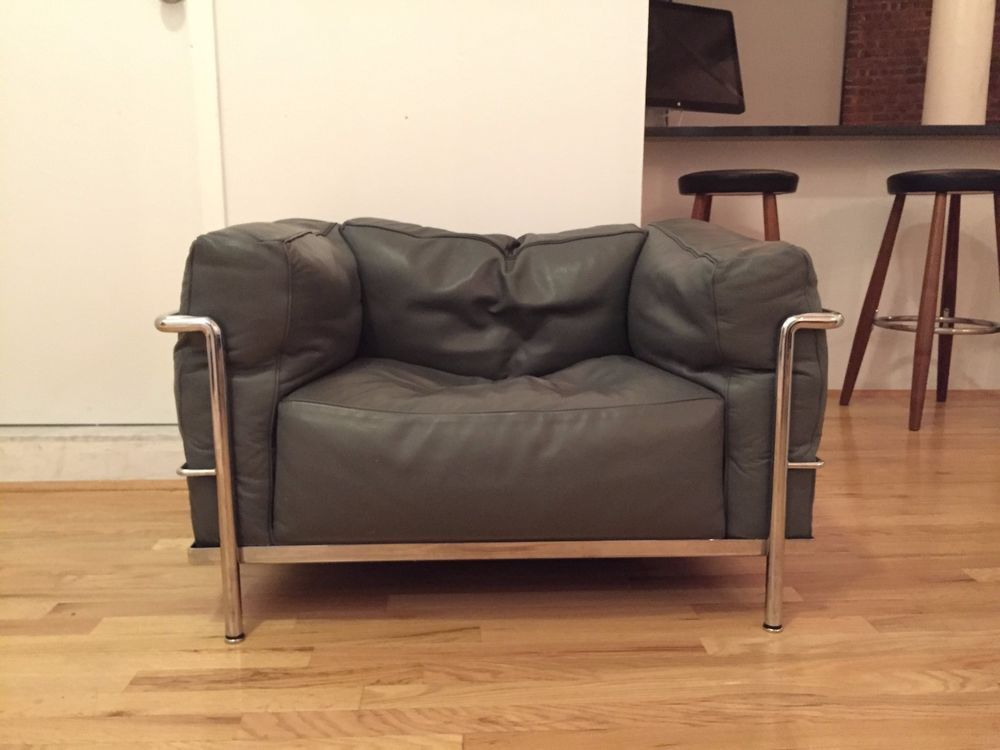 Le Corbusier Cassina LC3 Gray DOWN Filled - Great Condition | Gray ...
