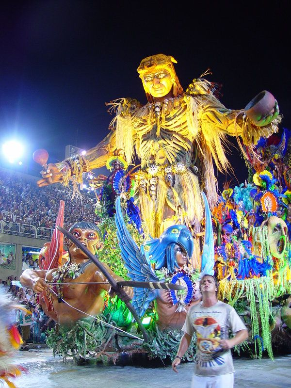 Next year I will go to BEAUTIFUL Rio and party at the carnival!!!