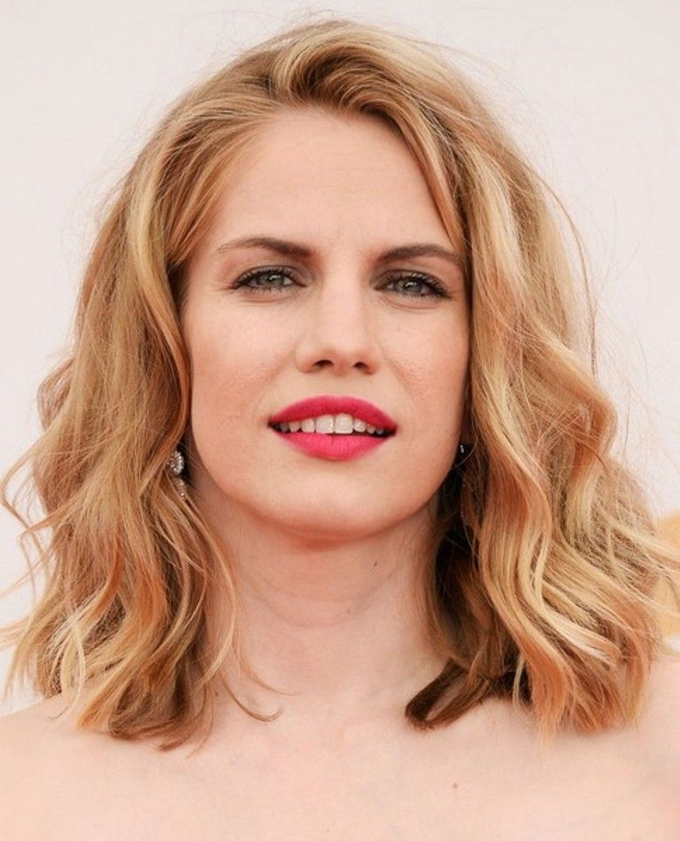 Medium Haircuts For Wavy Hair And Round Face Hairstyle