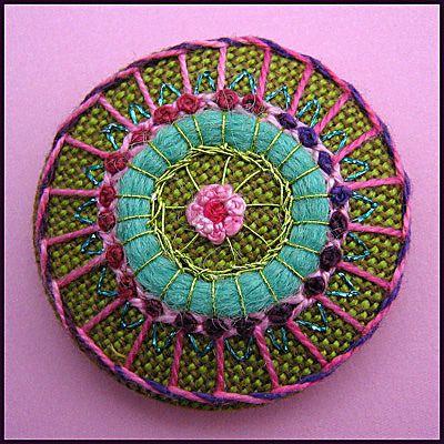 https://flic.kr/p/7jskh9 | Embroidered button/brooch | Button stitched with wool, metallic thread and Valdani thread.