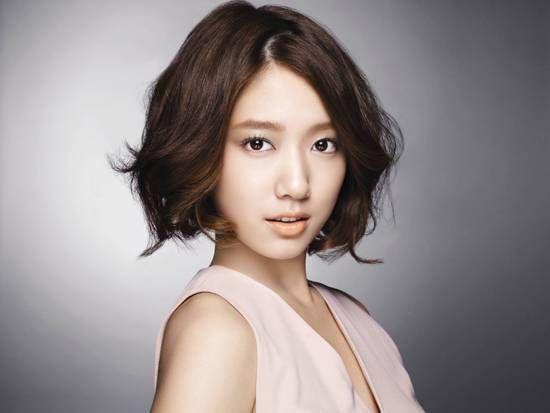 498983325 Jpg 550 413 Short Hair Styles Hair Styles Hairstyle