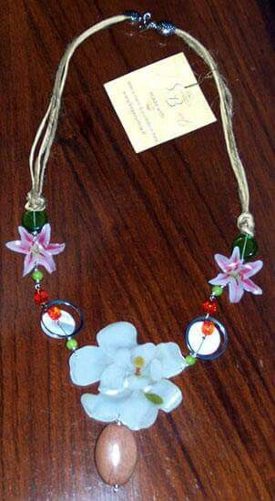 Necklace flowers collana