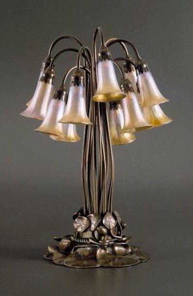 Tiffany Glass Lamp Pond Lilies 1 Art Nouveau Like Like Like Its A