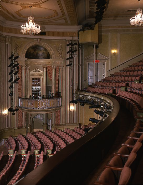 Music Box Theatre Shubert Organization Music Box Theater Theatre Architecture Music Box