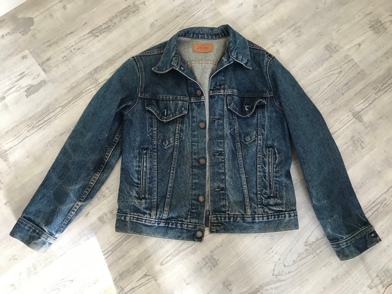 Levi Strauss Co Jean Jacket 70506 Vintage Levi Jacket Trucker Jacket 4 Pockets On Front Metal Buttons Vintage Levis Jacket Levis Jacket Cute Vintage Outfits [ 2250 x 3000 Pixel ]