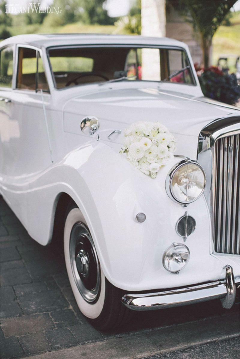 White Vintage Classic Wedding Wedding car, Wedding