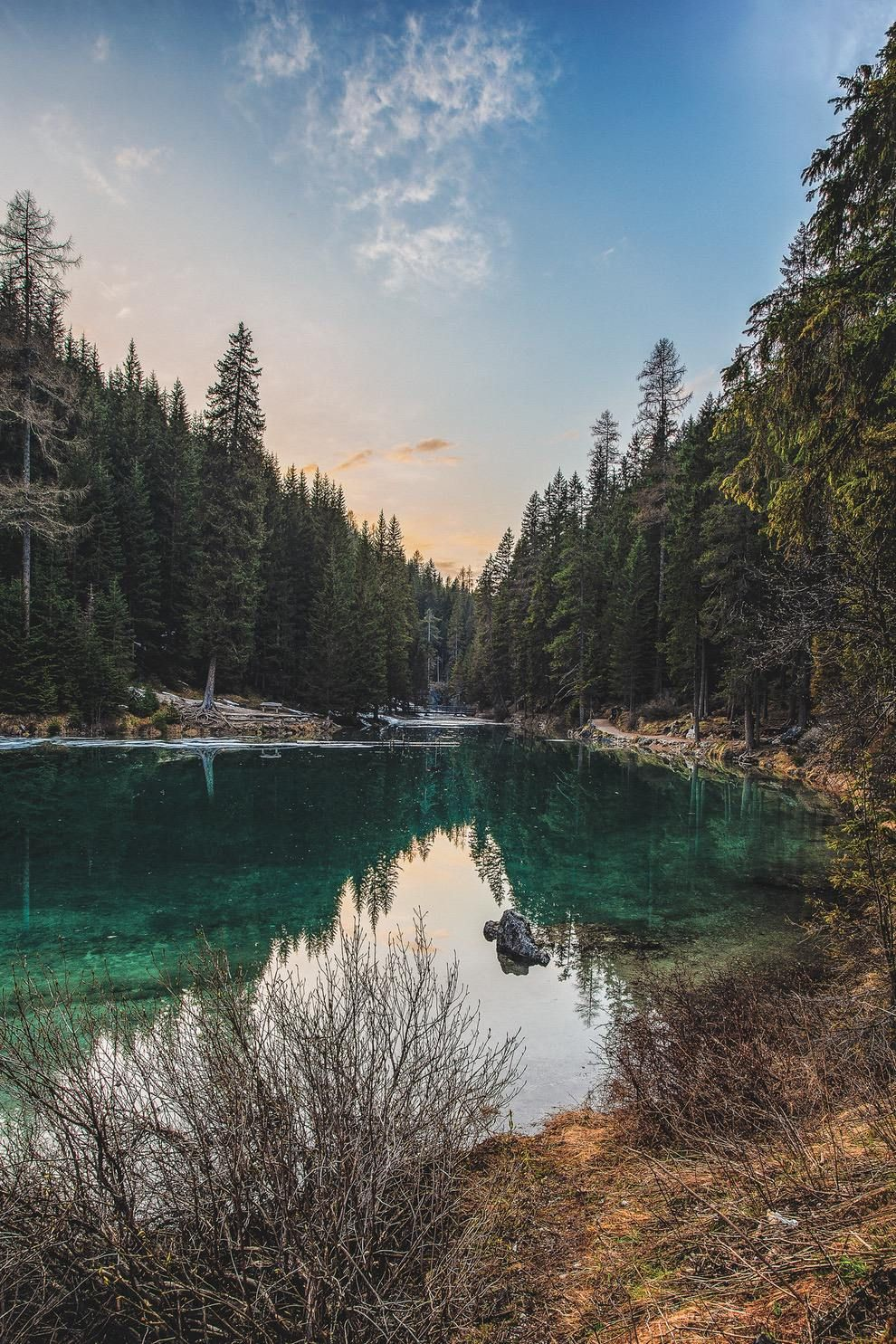 50 Free Beautiful Nature Wallpapers For Iphone That You Ll Love Scenery Photos Landscape Forest Lake