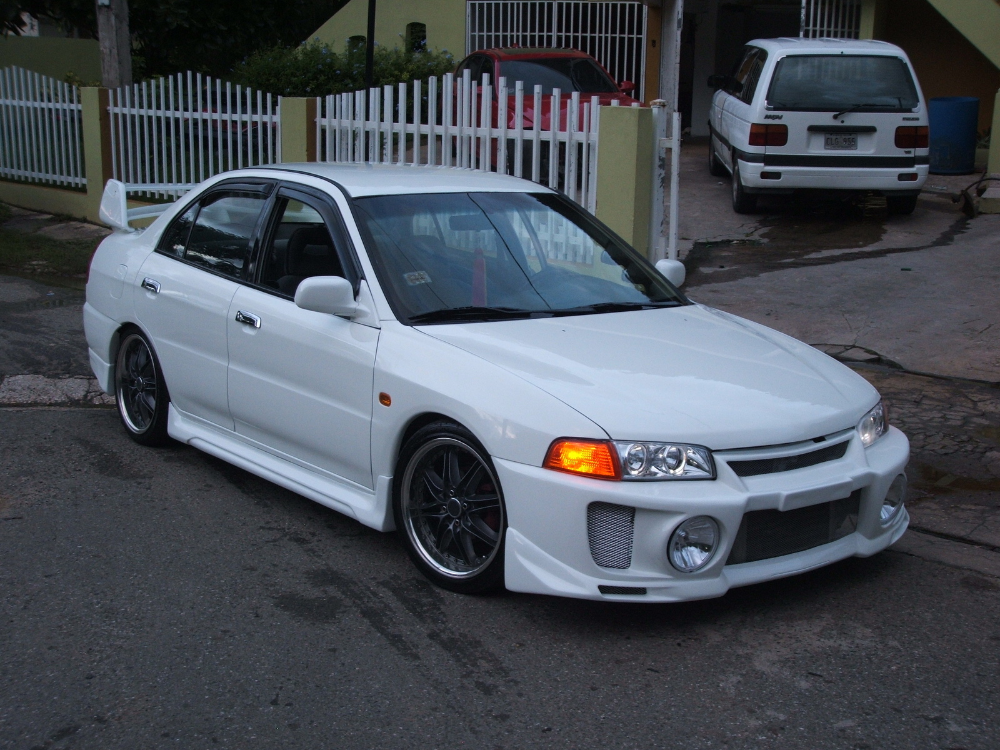 Photo of Mitsubishi Mirage 1999 Modified wallpaper | 1600×1200 | #38225