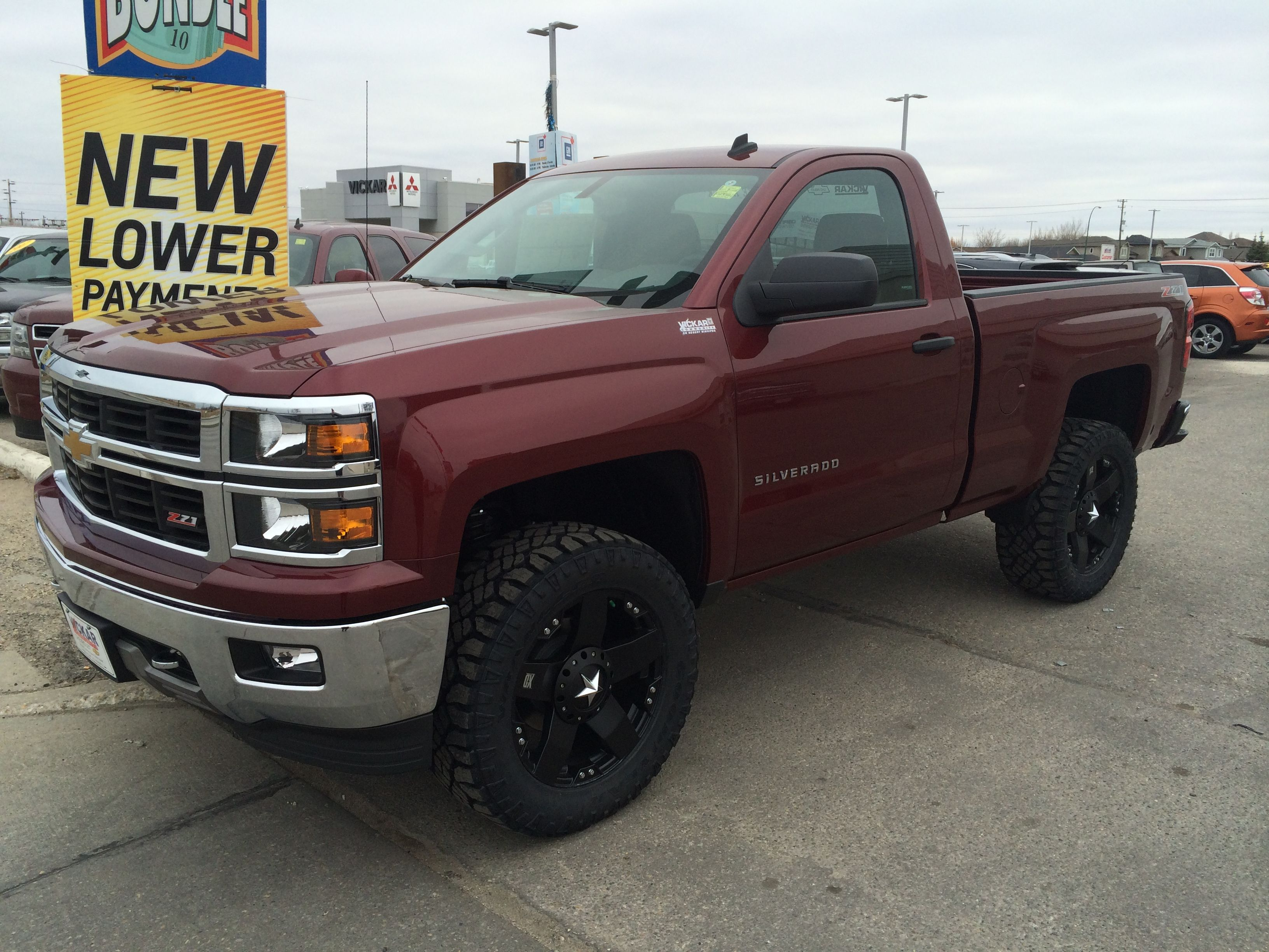 2014 Silverado Reg Cab Short Box Aftermarket 3 Inch Lift Wheels And Rubber Contact Us For Information On This Bea Single Cab Trucks Chevy Trucks Gmc Trucks