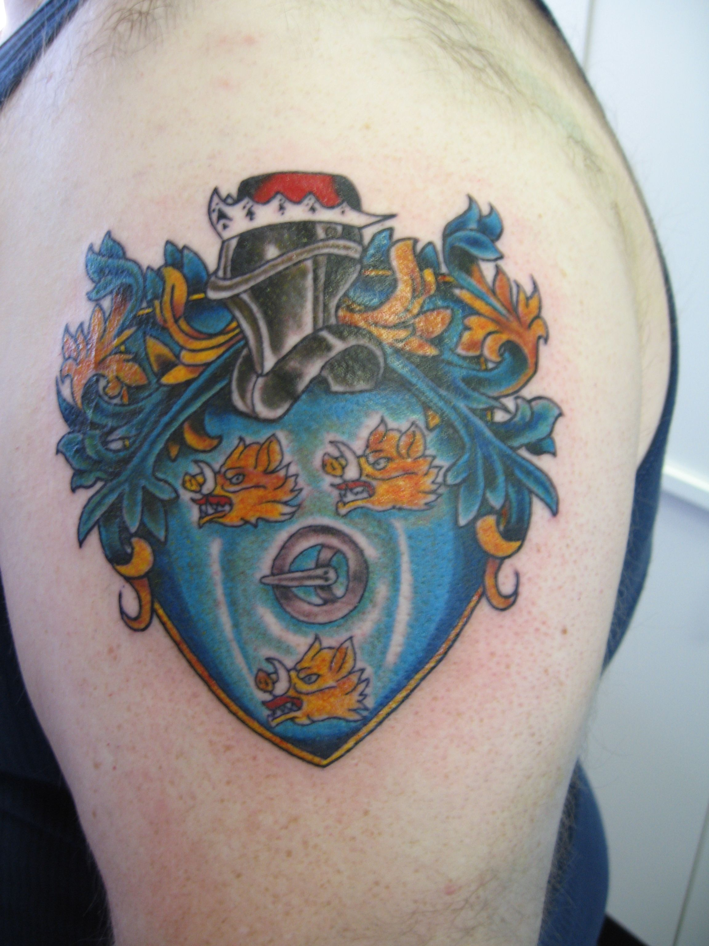 0530cb3c4 Ferguson Crest - left arm tattoo   Family in 2019   Crest tattoo ...