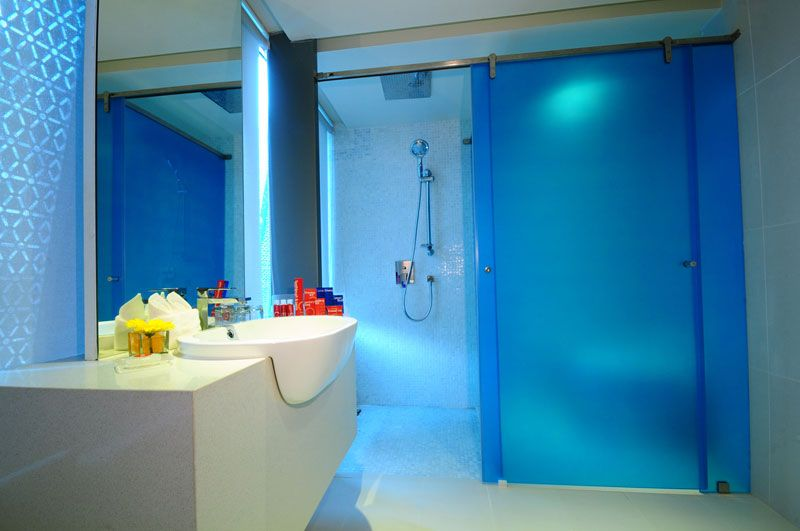 Ensuite Bathroom Facilities ensuite bathroom with separate shower cubicle | bathrooms