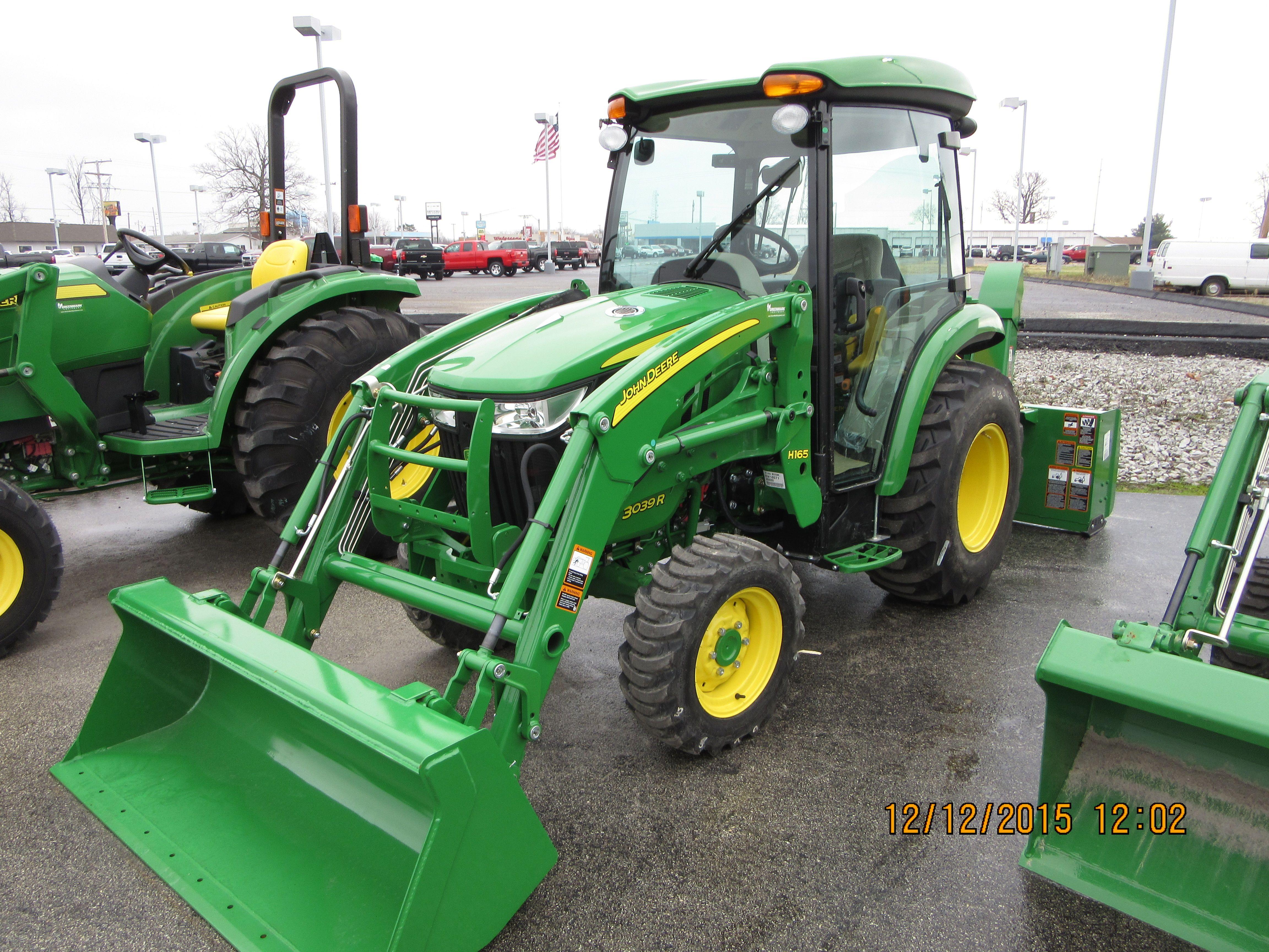 John Deere 3039R cab tractor & H165 loader