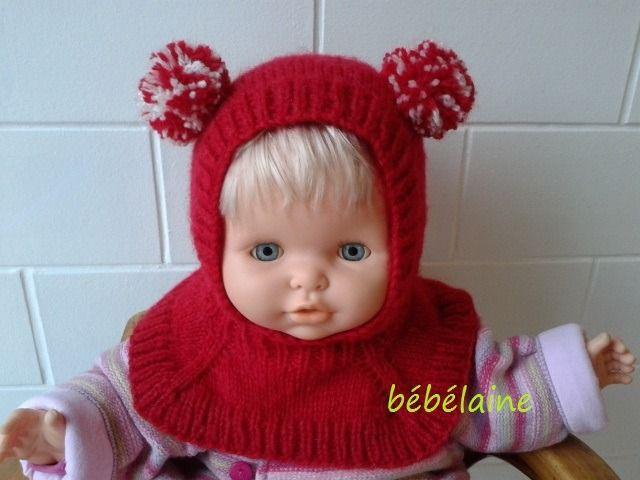 bonnet cagoule bébé tricotée en laine grattée douce de couleur rouge à oreilles  pompons rouges et blancs, originale et sans   Mode Bébé par bebelaine 06048cfb26f