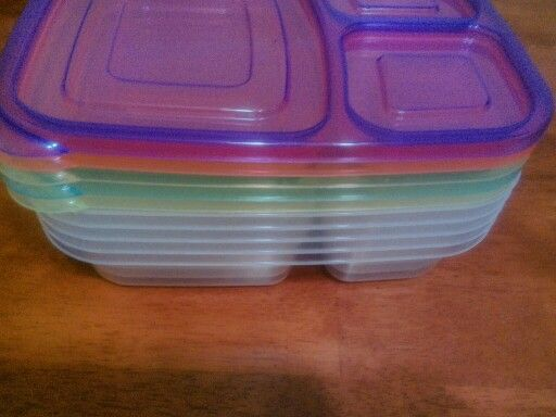 5 stackable Benton  meal containers