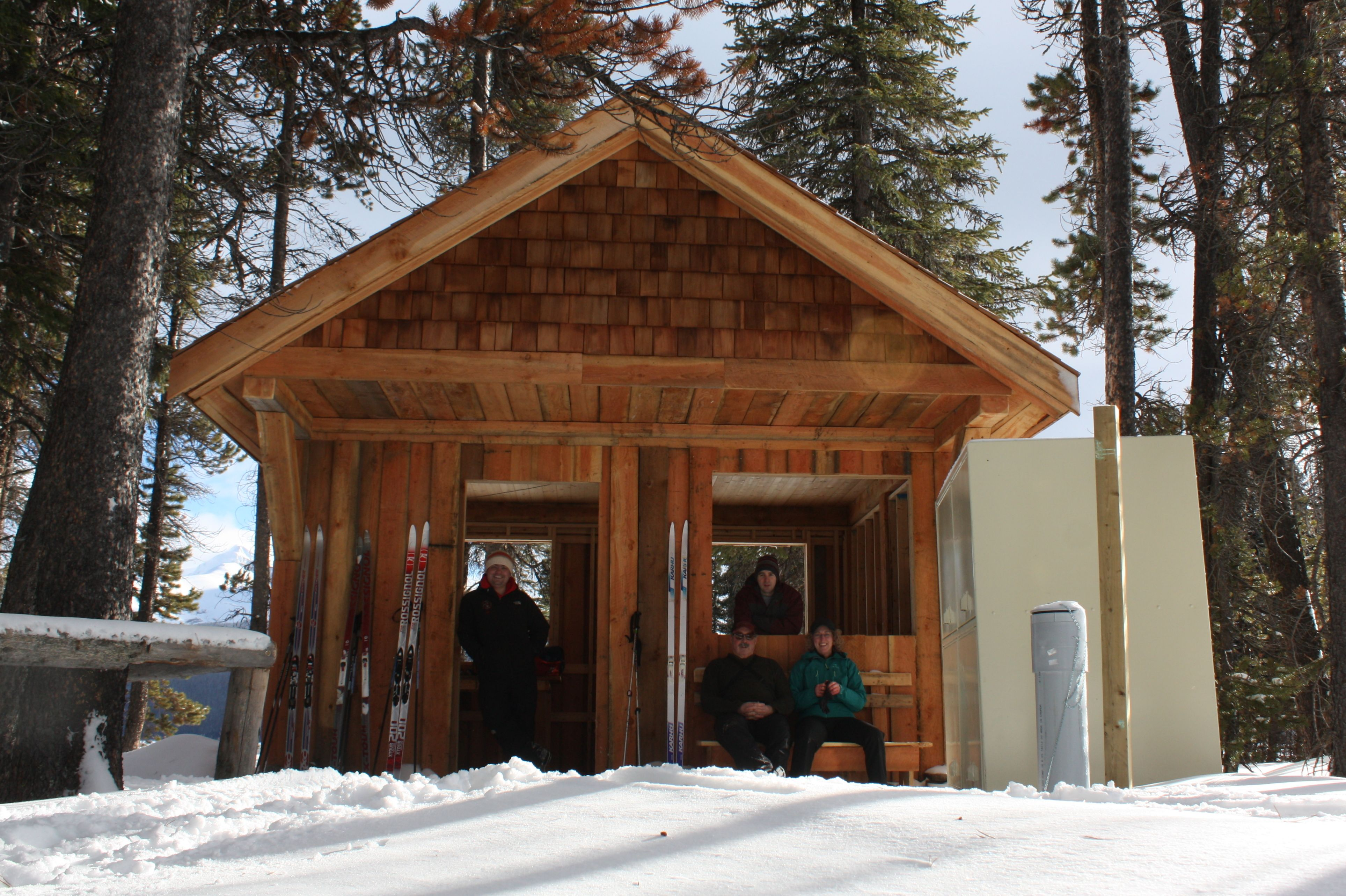 Winter ski to Hidden Cove campground....Maligne Lake ...