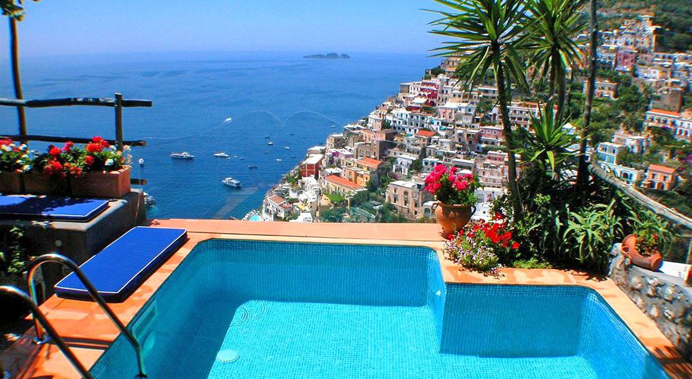 Luxury hotel with private pool suites villa fiorentino for Designer hotels italien