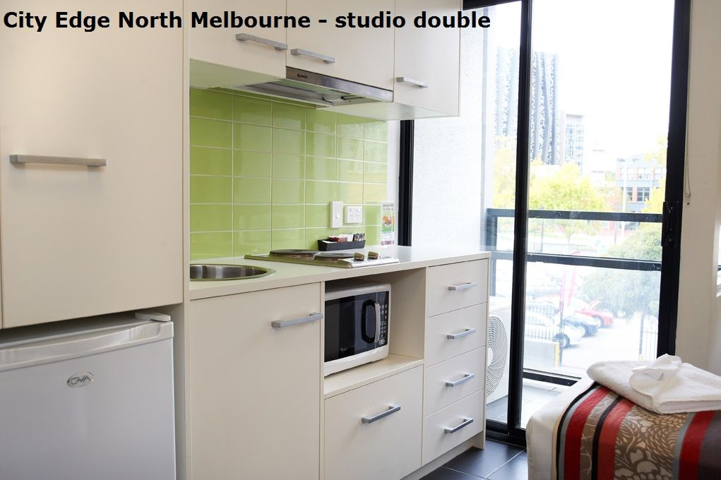 #Melbourne_Accommodation_Apartments #City_Edge_Apartment ...