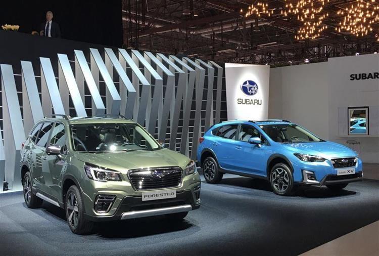 Subaru Ses Crossovers Xv Et Forester Adoptent L Hybride Subaru Voiture Hybride Vehicules Electriques