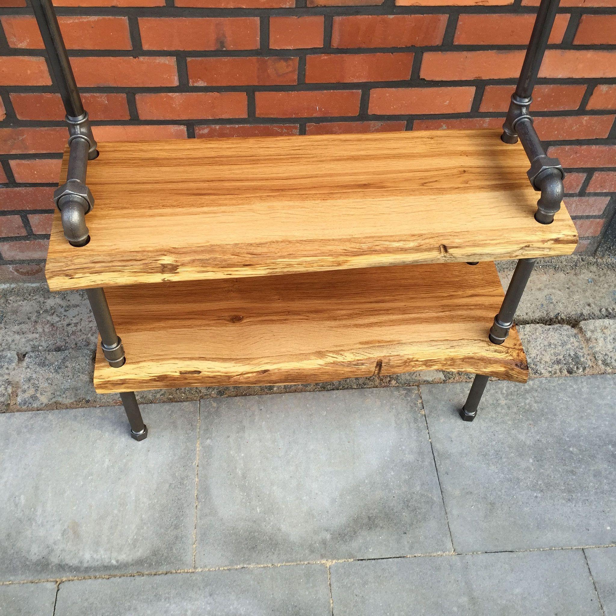 Garderobe und schuhregal aus industrierohr und massivholz for Esszimmertisch industriedesign