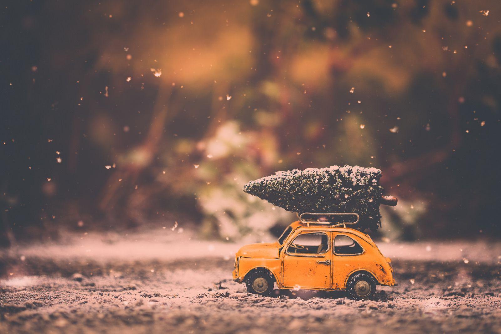 Merry Christmas Disney Cars Wallpaper Beetle Car Love Wallpaper Backgrounds