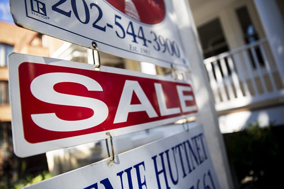 Homebuyers Face Bidding Wars on ScarcerThanEver U.S