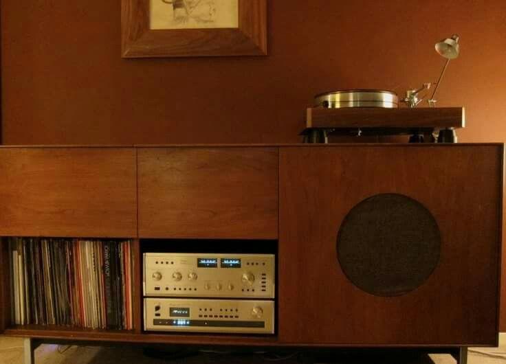 Vintage Audio Accuphase Salle De Musique Mobilier De Salon Idees Pour La Maison