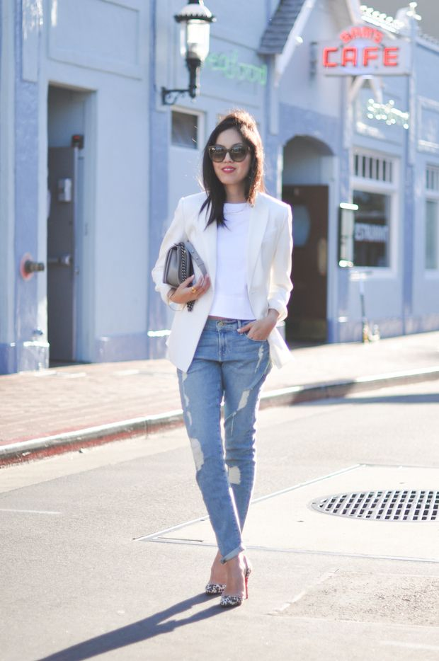 White Blazer and Tee ~ Distressed Denim in a Relaxed Fit ~ Printed Pump